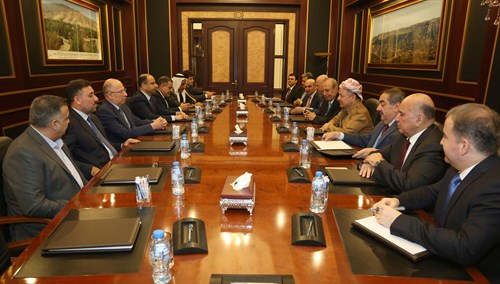 president Barzani with leaders of the sunna of iraq